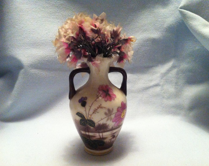 Vintage Porcelain Flower Vase Miniatures