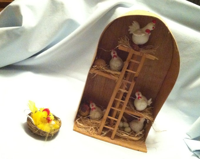 Vintage Chicken Coop Easter decoration handmade