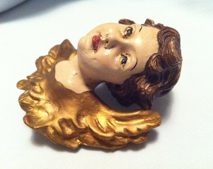 Vintage Angel Putti Decorative Object Wandengel
