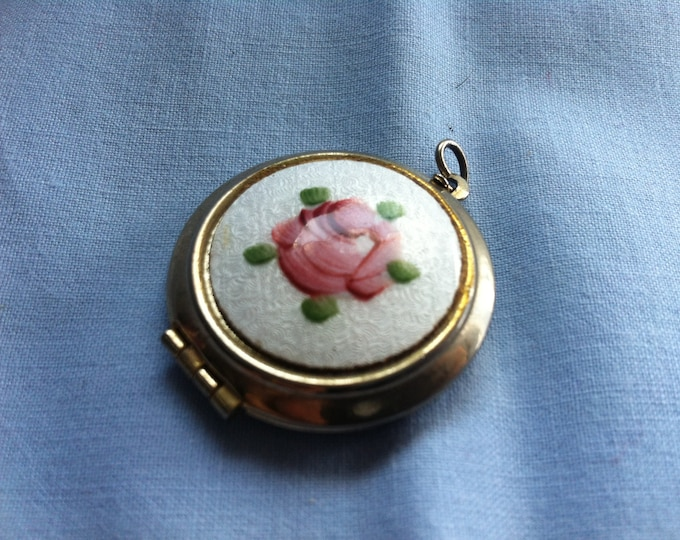 Charm Jewelry pendant enamel rose decor for opening/for photo of your beloved souvenir keepsake