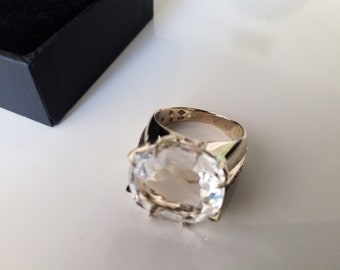 H.Stern crystal and diamonds 18k noble gold ring