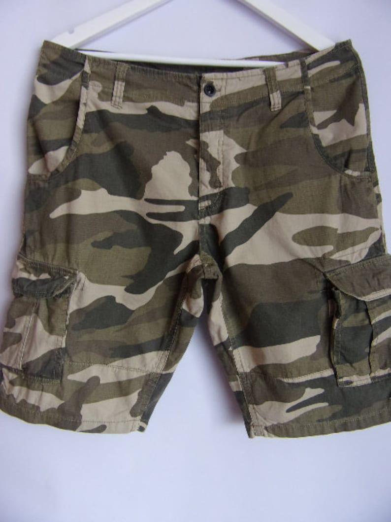 Vintage Men/'s Shorts Camouflage PrintArmy Style ShortsSummer ShortsCotton ShortsWith ButtonsPocketsSize M