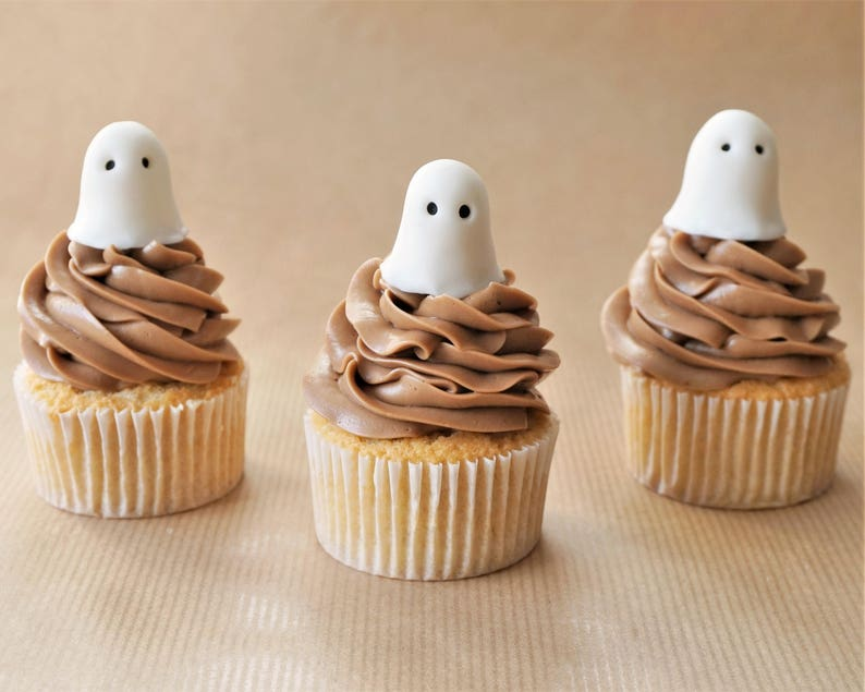 12 Fondant Ghost Cupcake Toppers For Halloween Cupcakes Ghost Etsy