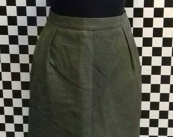 Olive green leather skirt from the 1970's - S/M