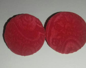 Red felt stud earings (large)
