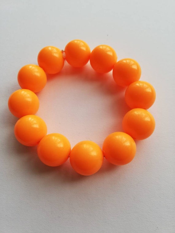 1990's chunky orange plastic beaded bracelet.