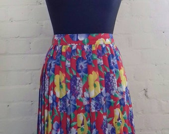 Bright bold floral print pleated skirt from the 80's - medium
