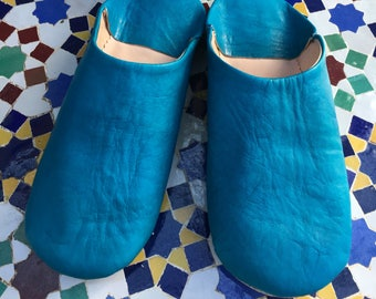 Moroccan Leather Babouche, Turquoise Leather Mule, Blue Babouche, Moroccan Babouche, turquoise Leather Slipper, Blue Leather House Shoes