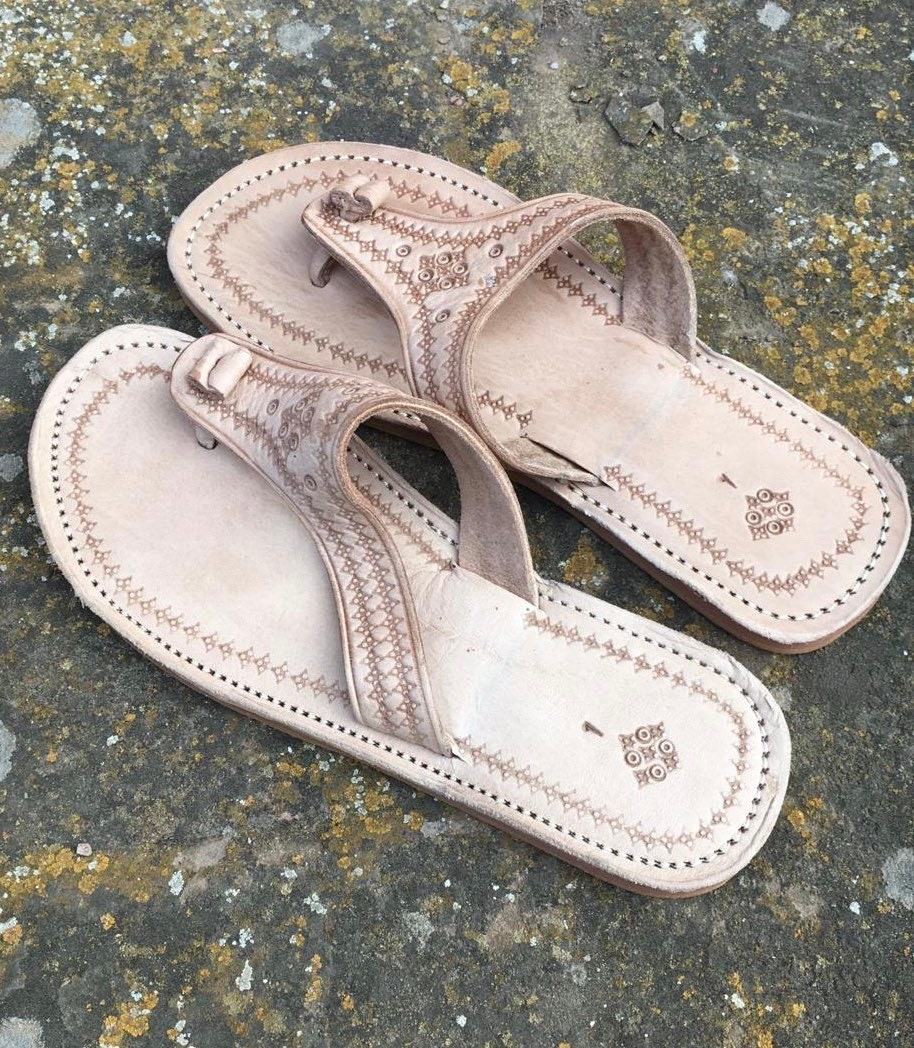 798d3017c7c3 Moroccan leather Thong Sandals