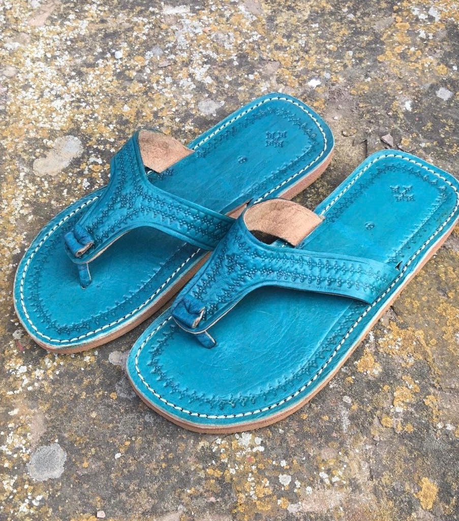 9099a2d1fa98 Moroccan leather Thong Sandals