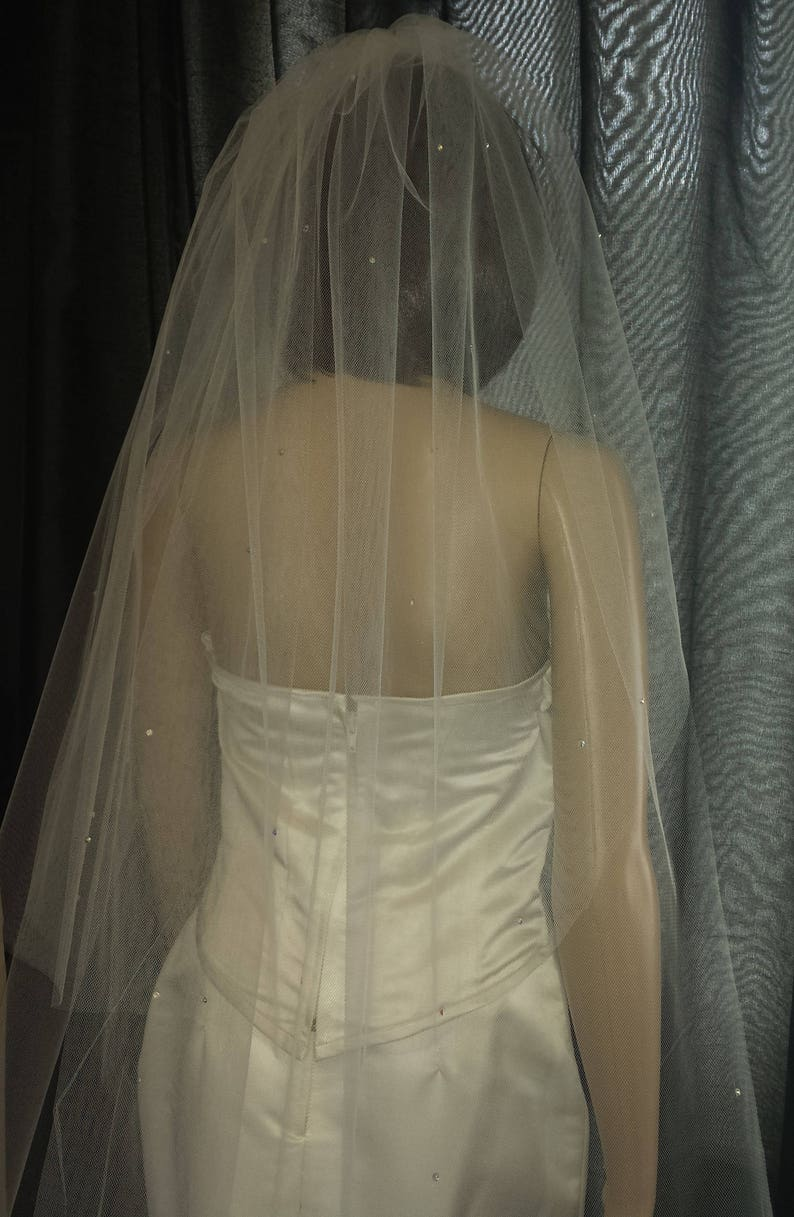 Light Ivory FREE UK POSTAGE Pale Ivory Wedding veil cathedral length 2 tiers 30 108 scattered with Diamante Rhinestones