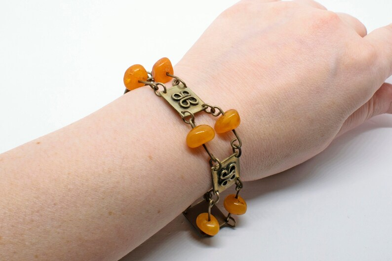 Vintage Signed Met Collectible Jewellery Metal Link Bracelet with Amber Bakelite Beads