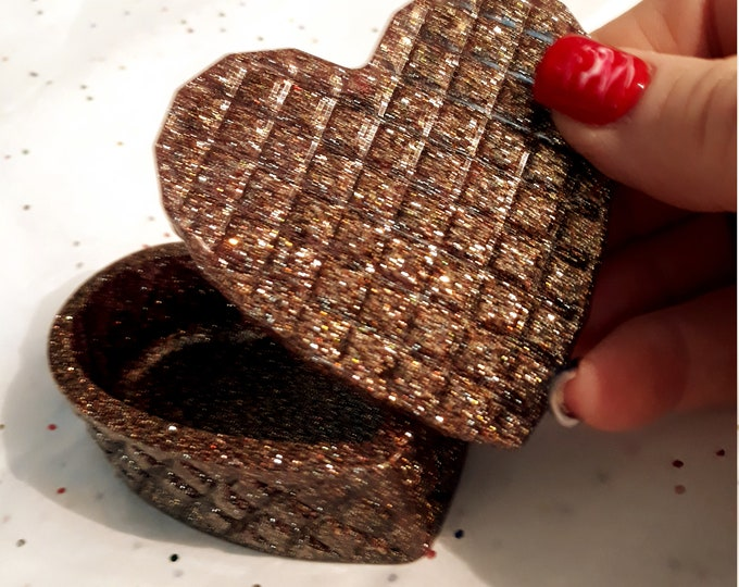 Epoxy Resin heart shapped trinket box, bronzy brown glossy glitter, cute quote or personalized saying on the inner lid,