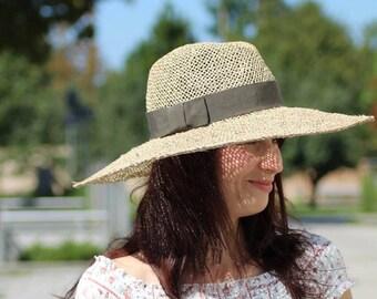 Straw Hat Seagrass
