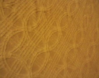 Vintage White Chenille Bedspread Wedding Ring design Double Size