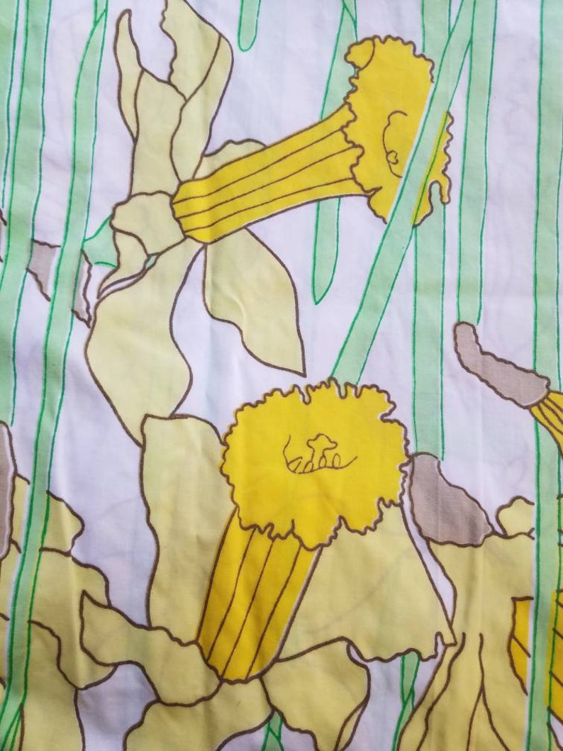 Martex West Point-Pepperell Vintage Twin Fitted Sheet Yellow Floral Daffodil Sheet Vtg Twin Fitted Daffodil Sheet