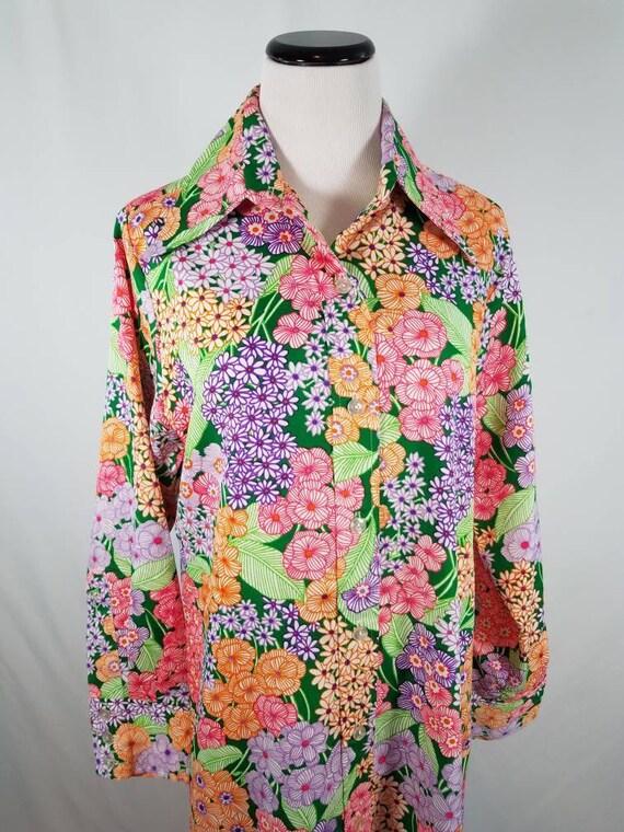 1970s Small Floral Maxi Dagger Collar Maxi Dress,