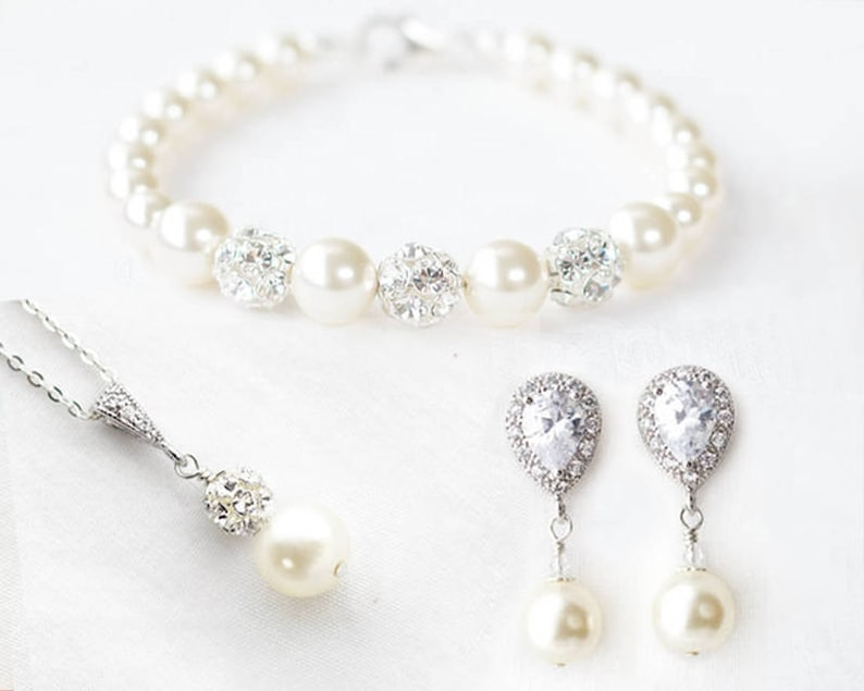 5141d10922ef5 Pearl Bridal Jewelry Set, Pearl Wedding Jewelry set for Brides, Bridal  Pearl Earrings and Bracelet, Pearl Bridal Necklace and Earring set