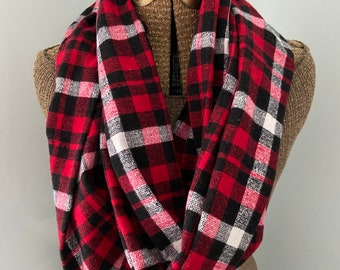 Infinity Scarf with Hidden Pocket, Scarf, infinity, Pocket Scarf, Plaid Scarf, Tartan plaid Scarf