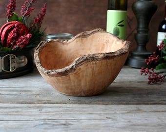 Personalized bowl, wood bowl, fruit bowl, salad bowl, gift for him, gift for her, kitchen gift, wedding gift