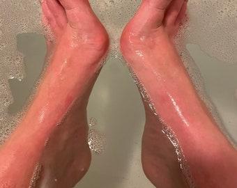 Shower feet video VIDEO 10 mins