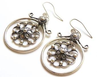 50fdc77d6a7 Créoles et anneaux · Boucles d oreilles