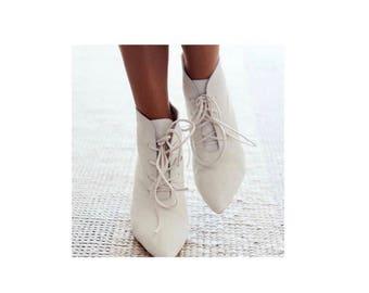Parakiss Booties Size 9