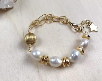 2dc9013799 Baroque pearl bracelet