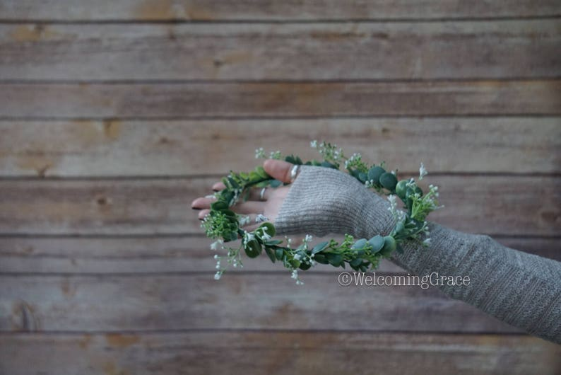 bridal flower headpiece bridesmaid baby/'s breath crown greenery floral crown Baby/'s breath and greenery flower crown