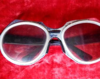 d18e54e105 Soviet Sunglasses Retro Sunglasses Vintage sunglasses Eyewear Vintage  Eyewear USSR. Rusty frame