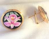 Vintage 18k Gold HEAVY 11.6g Hand Painted Porcelain Omega Pierced Clipon Earrings Marked 18 k kt 750 Matching 7 quot long Bracelet Available