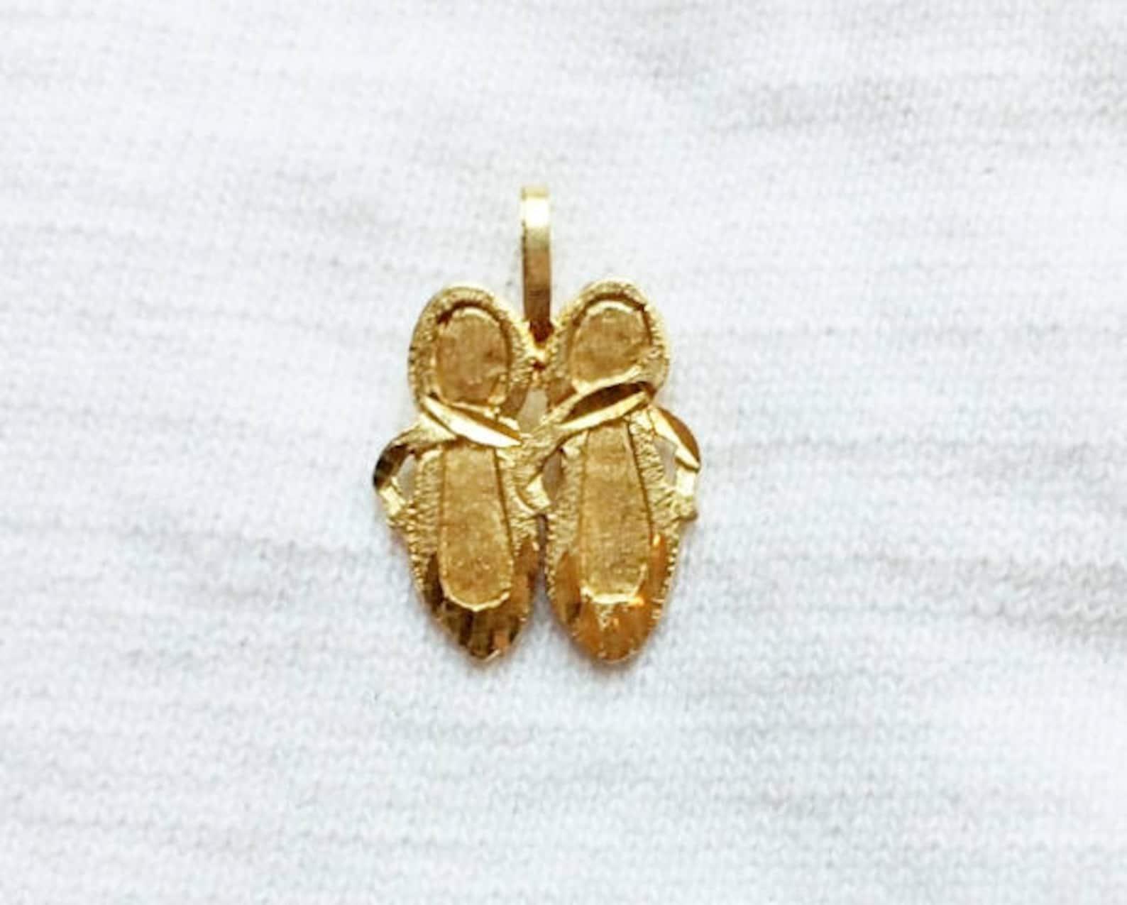 vintage 14k gold ballet shoes pendant for necklace chain embossed diamond pattern estate marked 14 k kt 14kt dance shoe ballerin