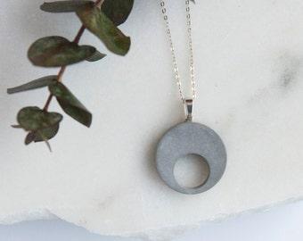 Concrete Circle Necklace (light)