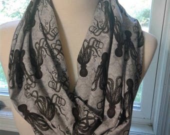 Octo Infinity Scarf