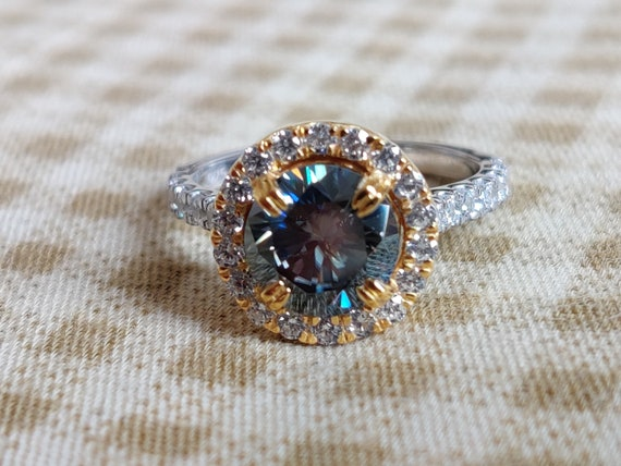 Off White 2.56Ct Oval Moissanite Engagement Wedding Ring Set 925 Sterling Silver