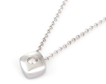 14k white gold diamond tiny square pendant