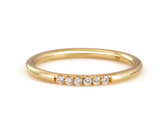18k yellow gold diamond stackable ring