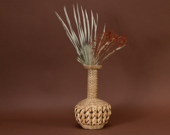 vintage rattan decorative vase, dried flowers