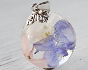 Terrarium jewelry Resin jewelry Terrarium necklace Delphinium jewelry Real flower necklace Botanical resin necklace Nature Jewelry