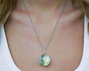 Resin jewelry Terrarium jewelry Botanical necklace Resin botanical jewelry Terrarium necklace Blue hydrangea Nature Jewelry Resin necklace