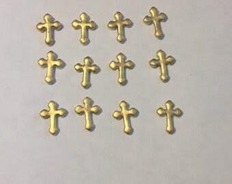12 fondant crosses