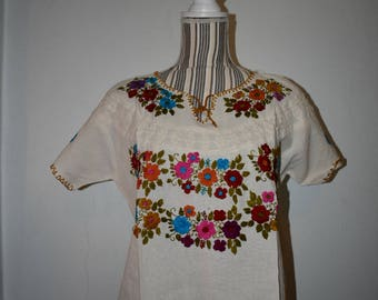 Large huipil, Chiapas huipil, embroidery blouse, Mexico blouse , Oaxaca shirt, manta shirt, Mexican blouse, cotton blouse, mexican blouse