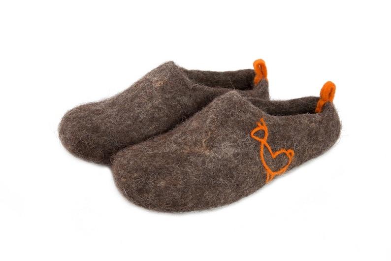 519db36fb957 Scandinavian felt felted wool slippers unisex wool clogs
