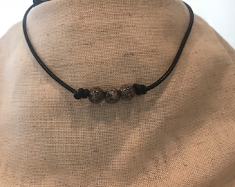 Black leather choker with gray black beads