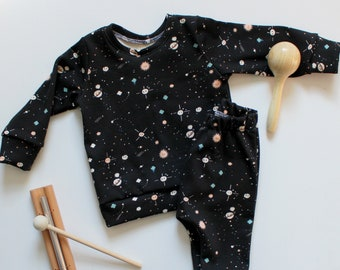 Space Clothing Set / Planets / Space Sweatshirt / Harem Leggings / Gender Neutral Baby Gift / Baby Boy Clothing Set