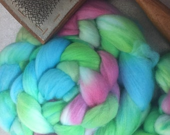 Unrequited 4 oz Faux Cashmere Dyed Combed Top