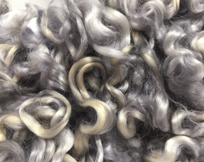 Silver dyed cotswold locks by the ounce
