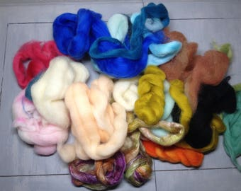 Bag of WOOL - Great for carding, spinning, felting - 4 oz