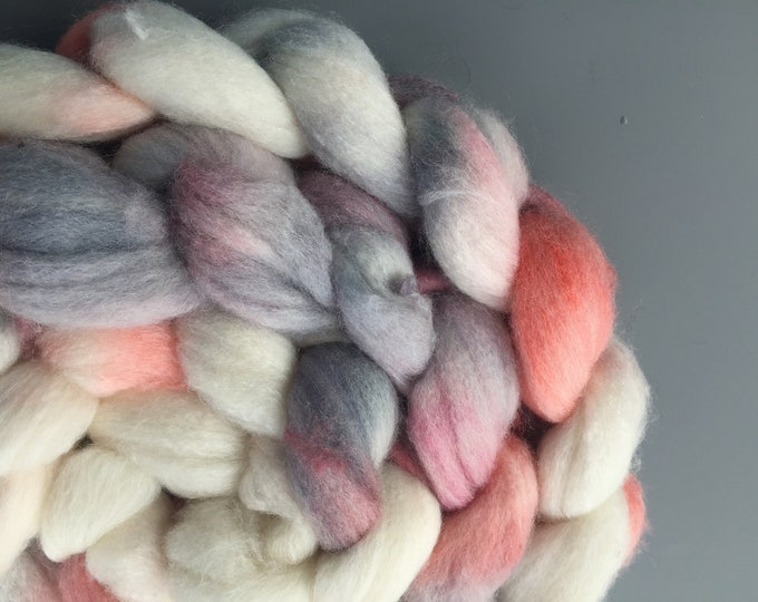 Snowy Wren - 4 oz Polwarth/Silk Combed Top