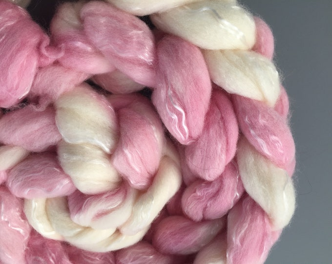 Fluffy Galore 4 oz BFL/Seacell Combed Top